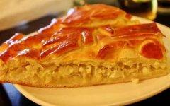 Пирог с капустой без дрожжей и яиц на кефире в духовке