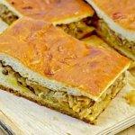 Пирог с капустой и грибами из теста на кефире