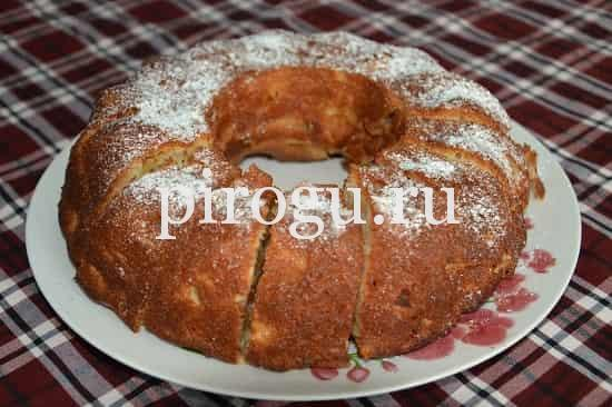 рецепт яблочной шарлотки на кефире
