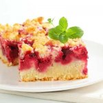 Простой вишневый пирог на кефире