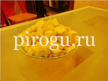 Быстрая шарлотка с яблоками