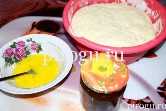 Тесто на дрожжах для пирожков с повидлом
