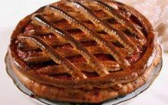 Пирог с вишней дрожжевой