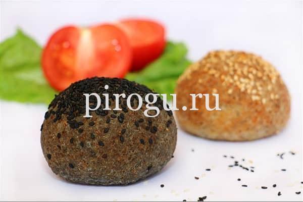 Булочки для гамбургеров с кунжутом черные